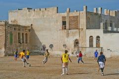 Играть футбол в Иране Стоковое фото RF