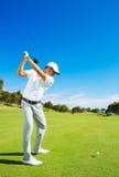 играть человека гольфа стоковые изображения