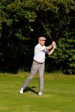 играть шарика ударенный гольфом Стоковое Изображение
