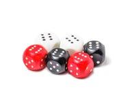 Играть dices изолированный на белой предпосылке Стоковое фото RF