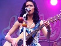 играть perry гитары katy Стоковое Фото