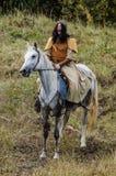 играющая Рол игра воссоздает сражения Монгол-татарского хомута в зоне Kaluga России 10-ого сентября 2016 стоковое фото