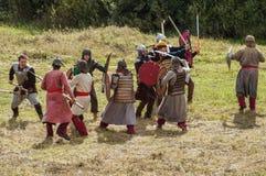 играющая Рол игра воссоздает сражения Монгол-татарского хомута в зоне Kaluga России 10-ого сентября 2016 стоковое фото rf