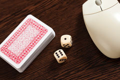играя в азартные игры интернет Стоковое Фото