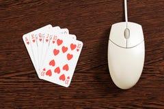 играя в азартные игры интернет Стоковое Изображение