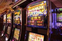 Играя в азартные игры машина стоковое изображение