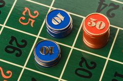 играя в азартные игры рулетка Стоковые Изображения RF