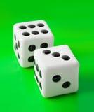 2 играя в азартные игры dices Стоковое Изображение RF
