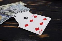 Играя карточки для денег, доллары Стоковые Изображения RF