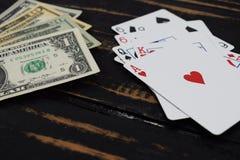 Играя карточки для денег, доллары Стоковая Фотография