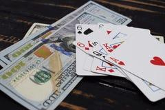 Играя карточки для денег, доллары Стоковое Фото