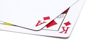 2 играя карточки на белой предпосылке Рука покера с тузом и королем диаманта стоковое изображение rf