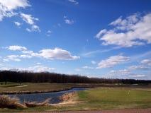 Игра гольфа outdoors стоковая фотография