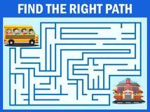 Игра лабиринта находит путь школьного автобуса для того чтобы получить к школе иллюстрация штока