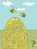 Игра лабиринта пчел меда Стоковые Фото