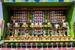 Игра масленицы на ярмарке Стоковая Фотография