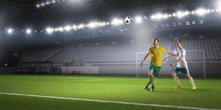 Игра футбола в действии Стоковые Фотографии RF