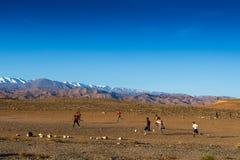 Игра футбола в провинции Стоковая Фотография RF