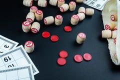 Игра Lotto на черной предпосылке стоковая фотография