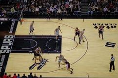 Игра NBA - шпоры против блейзеров стоковая фотография rf