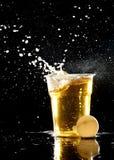 Игра pong пива стоковые изображения rf