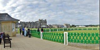 Игроки гольфа, поле для гольфа Сент-Эндрюса, Шотландия Стоковое Изображение RF
