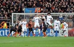 Игроки Манчестера скачут от падения Стоковые Изображения RF