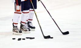 Игроки хоккея на льду стоковые фото