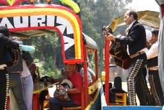 игроки mariachi гитары танцоров Стоковые Изображения RF