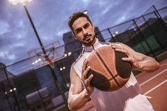 игрок баскетбола красивый Стоковое Фото