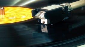 Игрок винила грифеля Turntable рекордный, закручивая сток-видео