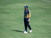 Игрок в крикет Yuvraj Singh Fielding в спичке стоковая фотография