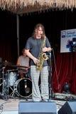 Игрок саксофона джаза на этапе Стоковое Изображение
