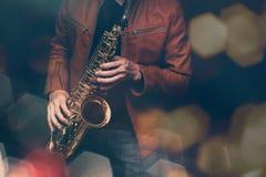 Игрок саксофона джаза стоковая фотография