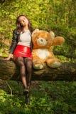 игрушечный девушки медведя Стоковые Фото
