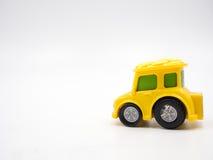 игрушка автомобиля мальчика кровати Стоковые Изображения RF