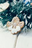 Игрушка ангела рождества на сосне как украшение рождества Стоковые Фото