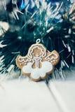 Игрушка ангела рождества на сосне как украшение рождества Стоковое Фото