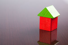 игрушка дома блока деревянная Стоковые Фото