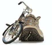 игрушка идущих ботинок велосипеда Стоковые Изображения