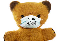 игрушка маски гриппа медведя мягкая Стоковое Изображение