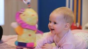 игрушка младенца сток-видео