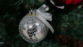 Игрушка рождества на дереве видеоматериал