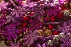 Игрушка рождества отбортовывает снежинки Стоковая Фотография RF