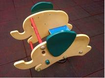 Игрушка спортивной площадки детей стоковые фото