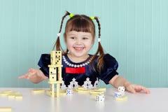 игрушки девушки счастливые маленькие играя Стоковые Фотографии RF