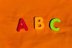 Игрушки детей ABC писем алфавита красочные Стоковые Изображения RF