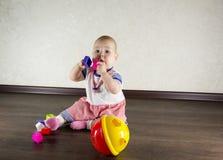 игрушки младенца маленькие играя Стоковое Изображение RF