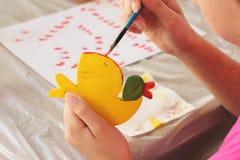 Игрушки покрашенных вручную детей творческие Стоковое фото RF