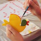Игрушки покрашенных вручную детей творческие Стоковые Фото